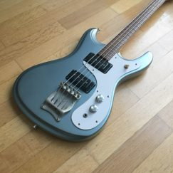 mosrite-ventures-mark-v-celebrity-1967-bass